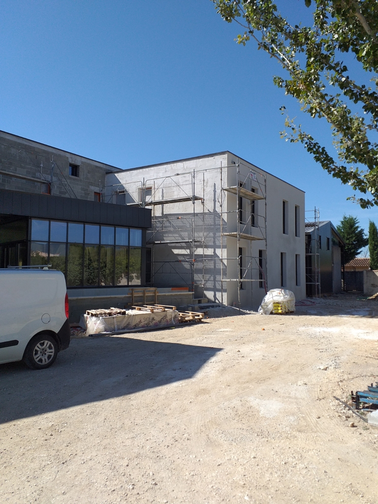cap luberon construction